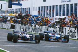 Jacques Villeneuve, Williams FW19 Renault holt sich die Weltmeisterschaft