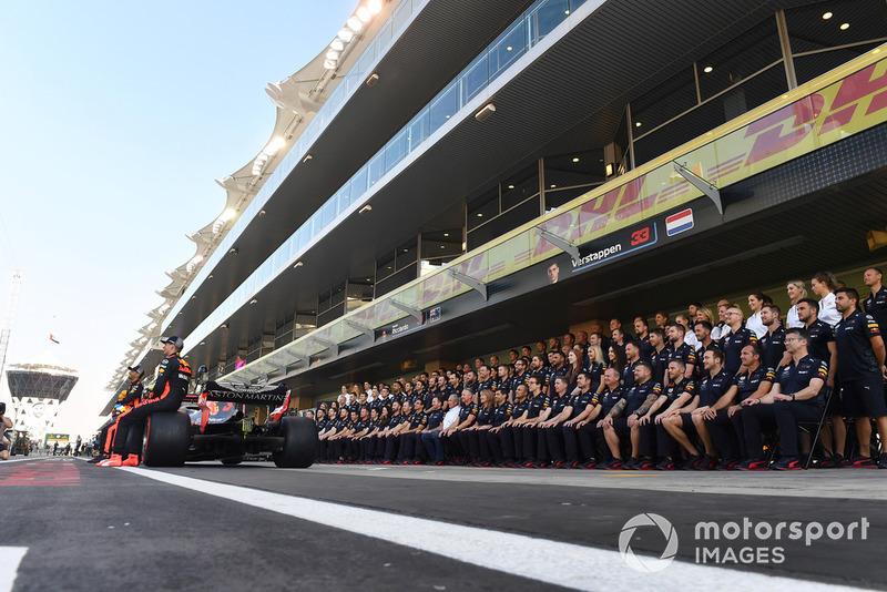 Foto di gruppo del team Red Bull Racing