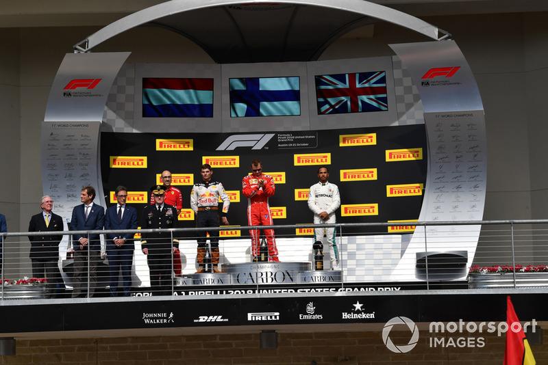 (L to R): Max Verstappen, Red Bull Racing, Kimi Raikkonen, Ferrari and Lewis Hamilton, Mercedes AMG F1 on the podium