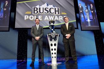 Busch Pole Award: Kurt Busch, Stewart-Haas Racing