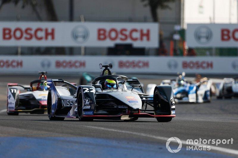 Oliver Rowland, Nissan e.Dams, Nissan IMO1 precede Lucas Di Grassi, Audi Sport ABT Schaeffler, Audi e-tron FE05