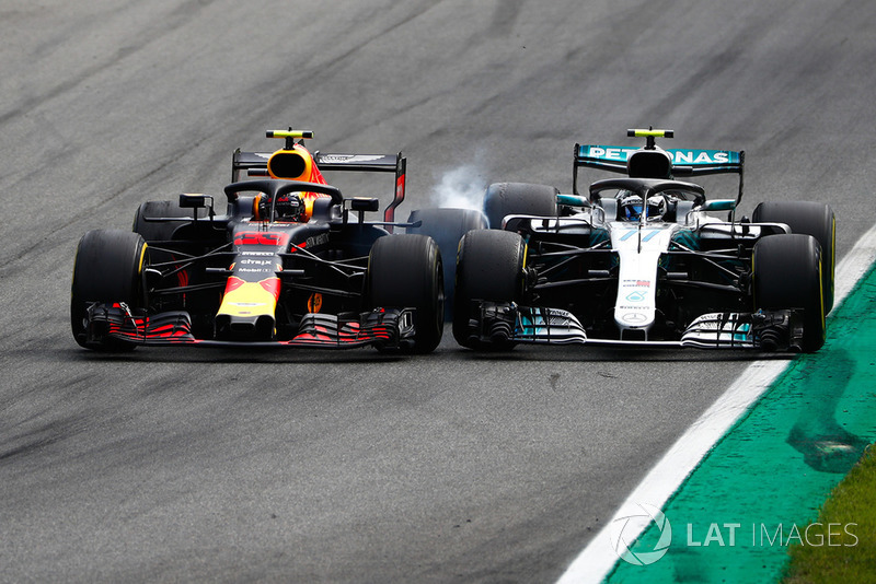 Max Verstappen, Red Bull Racing RB14 Tag Heuer, batalla con Valtteri Bottas, Mercedes AMG F1 W09
