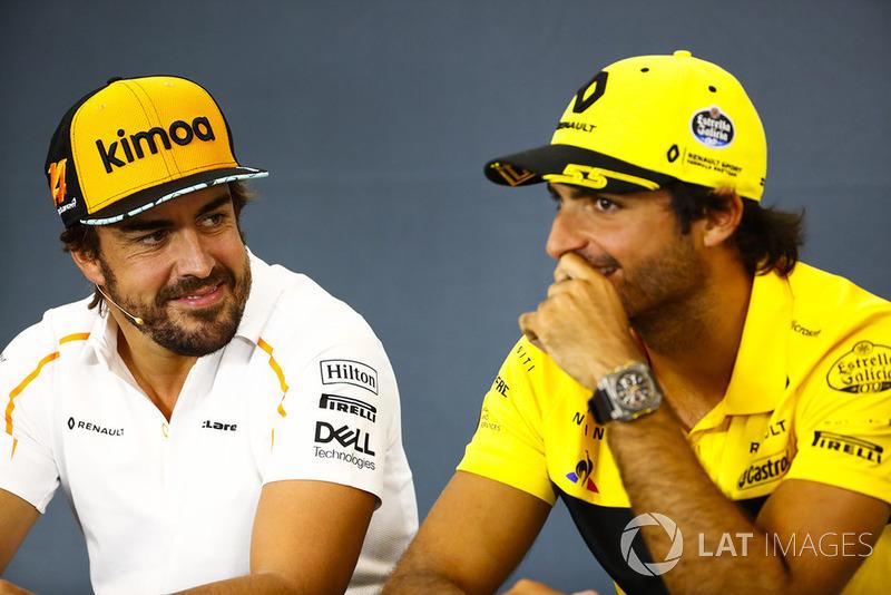 Fernando Alonso, McLaren, y Carlos Sainz Jr., Renault Sport F1 Team