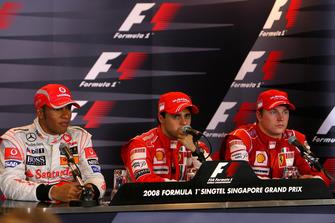Polesitter Felipe Massa, Ferrari, 2. Lewis Hamilton, McLaren, 3. Kimi Räikkönen, Ferrari