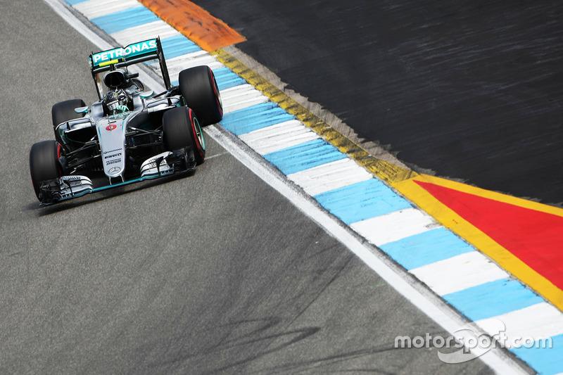 4. Nico Rosberg, Mercedes AMG F1 W07 Hybrid