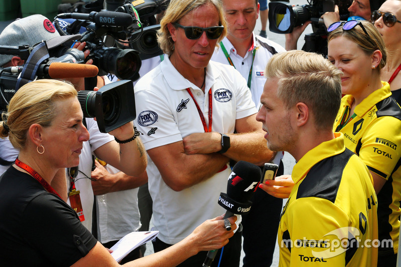 Кевін Магнуссен, Renault Sport F1 Team, ЗМІ