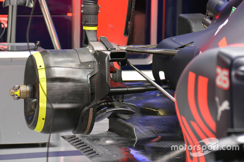 Red Bull Racing RB12, Heckpartie-Detail