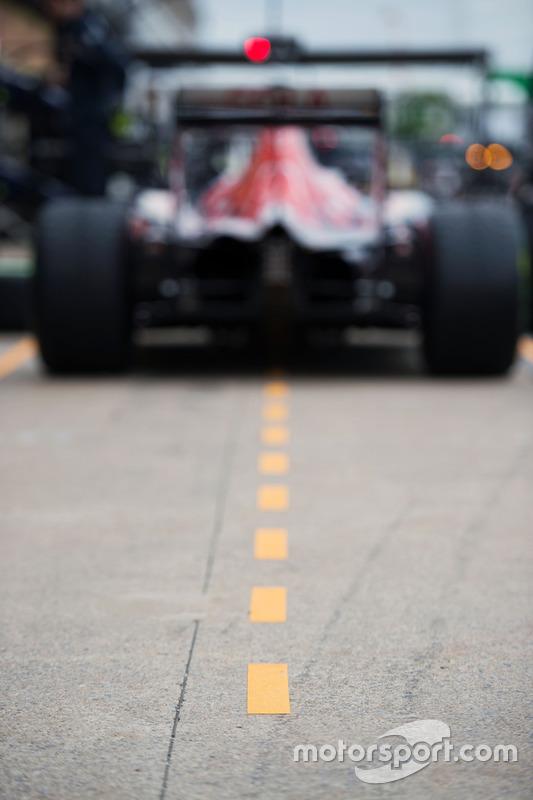 Scuderia Toro Rosso STR11 in the pit lane