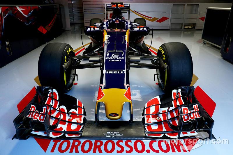 El Scuderia Toro Rosso STR11