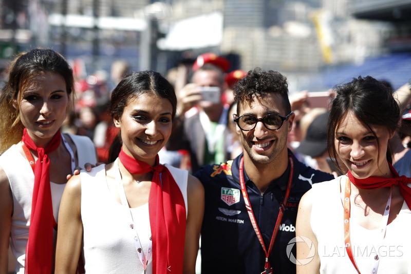 Daniel Ricciardo, Red Bull Racing et des Monaco GP Girls