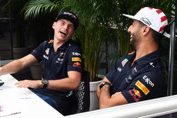 Max Verstappen, Red Bull Racing e Daniel Ricciardo, Red Bull Racing