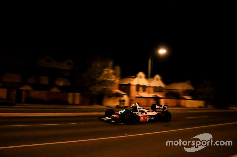Un Benetton en las calles de Adelaide