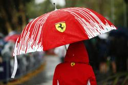Parapluie Ferrari
