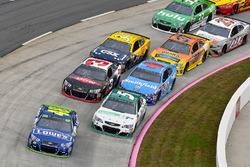 Jimmie Johnson, Hendrick Motorsports Chevrolet and Kasey Kahne, Hendrick Motorsports Chevrolet