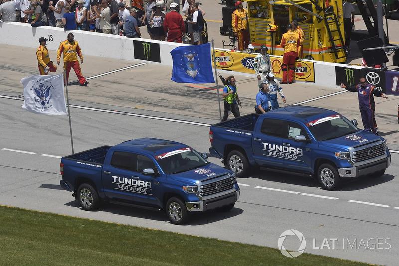Tundra Pace Vehicles