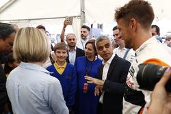 Susie Wolff, Channel 4; Sadiq Khan, Bürgermeister von London; Jenson Button, McLaren