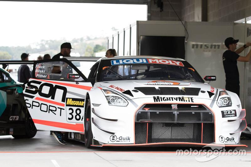 #38 Wall Racing Nissan GT-R