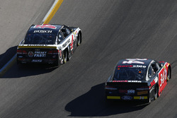 Kevin Harvick, Stewart-Haas Racing Chevrolet, Chris Buescher, Front Row Motorsports Ford