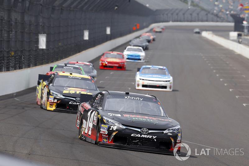 J.J. Yeley, TriStar Motorsports Toyota, Jeb Burton, JGL Racing Toyota