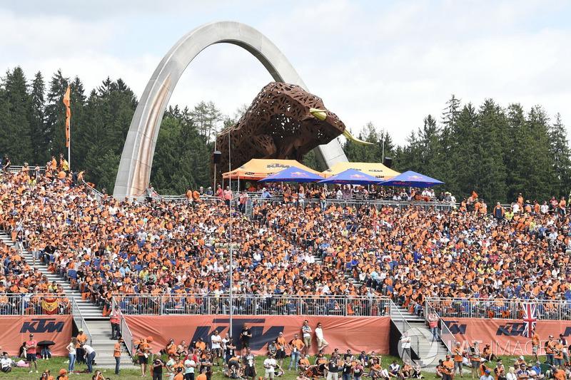 Mais de 90 mil pessoas estiveram presentes no Red Bull Ring