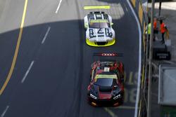 Laurens Vanthoor, Audi Sport Team WRT Audi R8 LMS and Earl Bamber, Manthey Racing Porsche 911 GT3-R