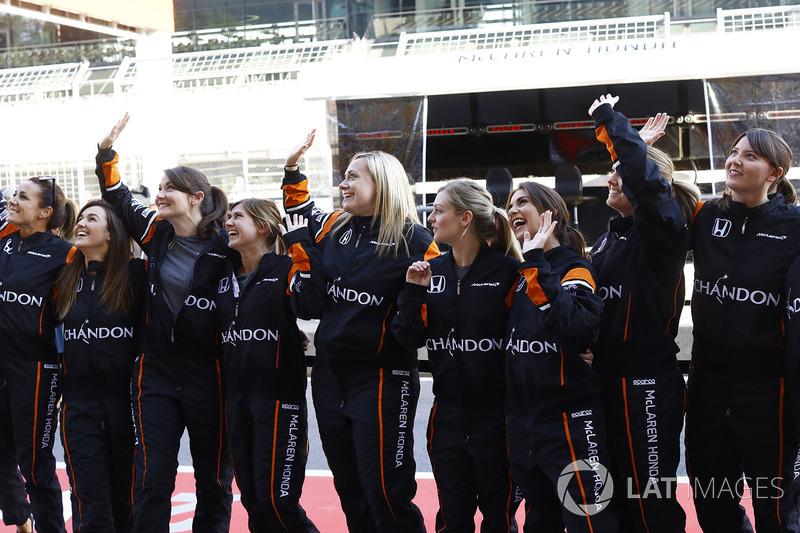 Boxenstopp nur mit Frauen bei McLaren