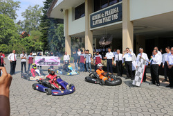 Peresmian UNS Go Kart Team