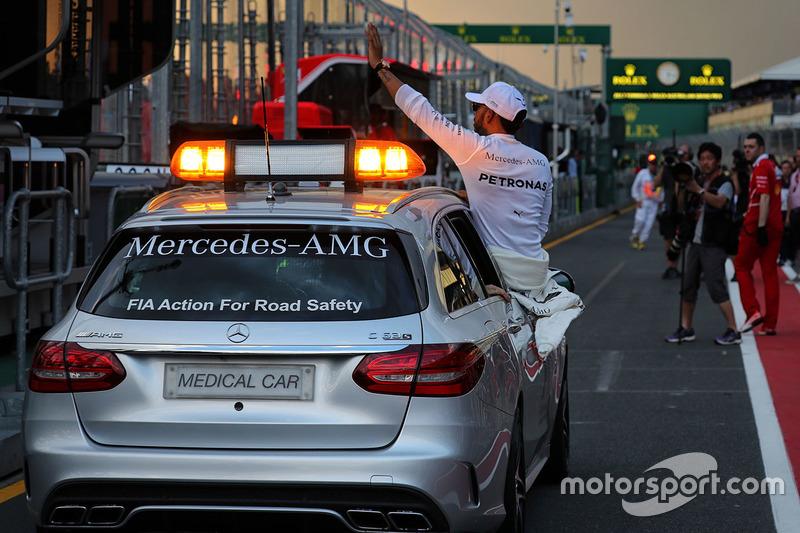 Lewis Hamilton, Mercedes, feiert seine Pole-Position