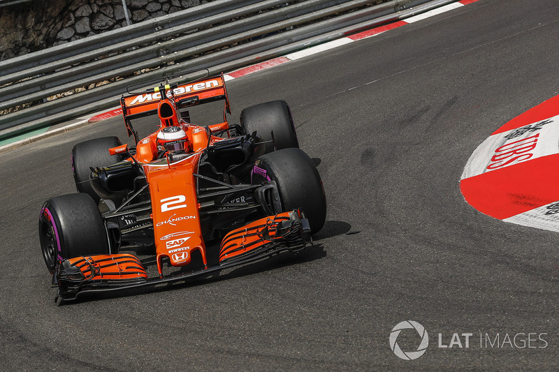 12: Стоффель Вандорн, McLaren MCL32
