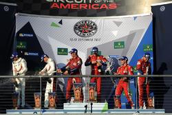 Подіум у класі LMGTE Pro: переможці Джеймс Каладо, Алессандро П'єр Гуіді, AF Corse, друге місце Мікаель Крістенсен, Кевін Естр, Porsche Team, третє місце Давіде Рігон, Сем Бьорд, AF Corse