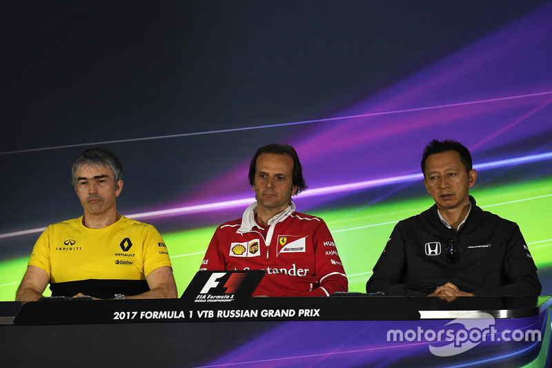 Nick Chester, Renault Sport F1 Team Technical Director, Luigi Fraboni, Ferrari Head of Engine Trackside Operations and Yusuke Hasegawa, Head of Honda Motorsport