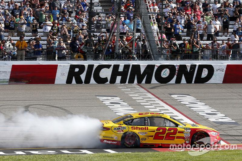 Richmond (Virginia): Joey Logano (Penske-Ford) *