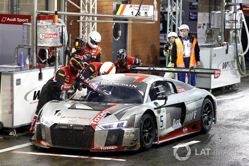#5 Audi Sport Team WRT Audi R8: Марсель Фесслер, Дріс Фантор, Вілл Стівенс