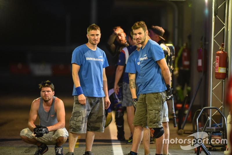 DNF: #52 – EKO IVRacing BMW CSEU – Julian Mayer, Karel Hanika, Martin Choy