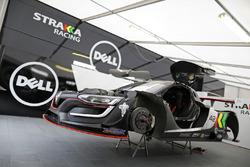 #42 Strakka Racing Renault RS01: Lewis Williamson, Nick Leventis
