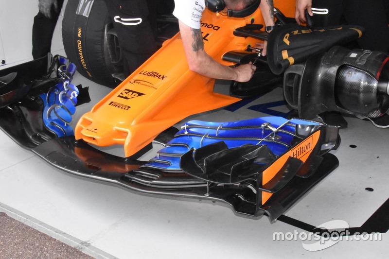 McLaren MCL33, dettaglio della nuova versione dell'ala anteriore