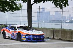 #74 TA2 Chevrolet Camaro: Gar Robinson of Robinson Racing