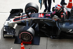 Romain Grosjean, Haas F1 Team VF-17, tartıda