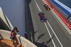 Фотограф, Данніл Квят, Scuderia Toro Rosso STR12, Даніель Ріккардо, Red Bull Racing RB13