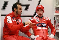 Nicky Hayden, Ducati Team, mit Vittoriano Guareschi