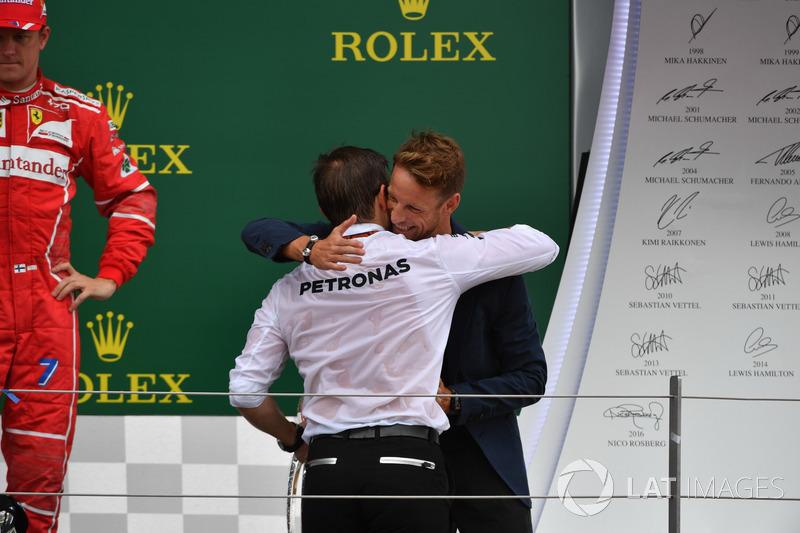 Peter Bonnington, Mercedes-Renningenieur, mit Jenson Button
