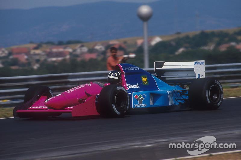 ... Brabham bei einigen Rennen der Saison 1992, und ...