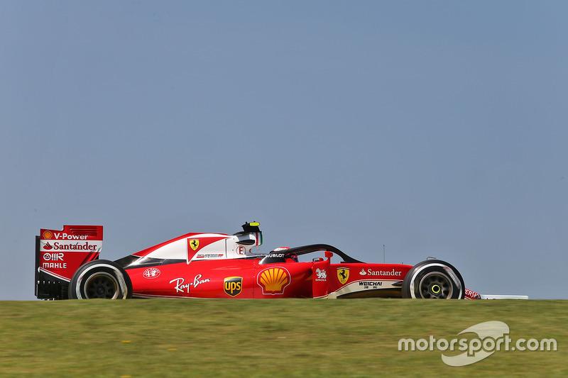 Кімі Райкконен, Ferrari SF16-H, з встановленим захистом кокпіту Halo