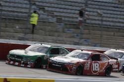 Denny Hamlin, Joe Gibbs Racing Toyota Kevin Harvick, Stewart-Haas Racing Ford