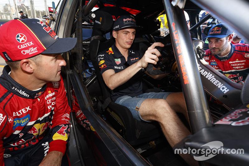 Max Verstappen, Red Bull Racing; Jamie Whincup, Triple Eight Race Engineering, Holden; Shane van Gis