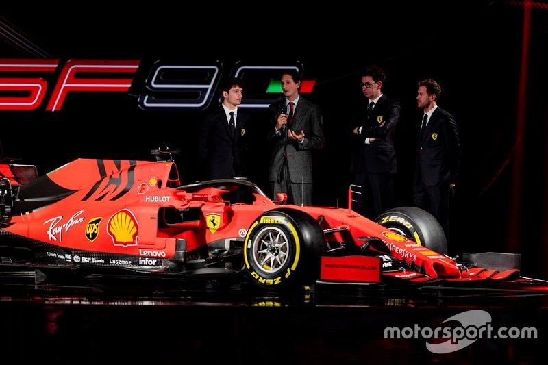 Charles Leclerc, Ferrari, Sebastian Vettel, Ferrari, Mattia Binotto, Team Principal, Ferrari