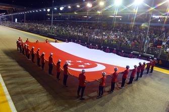 Bandiera gigante in griglia di partenza