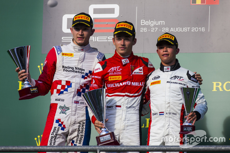 Podyum: 1. Charles Leclerc, ART Grand Prix, 2. Jake Dennis, Arden International, 3. Nyck De Vries, ART Grand Prix