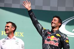 Подиум: второе место - Даниэль Риккардо, Red Bull Racing RB12