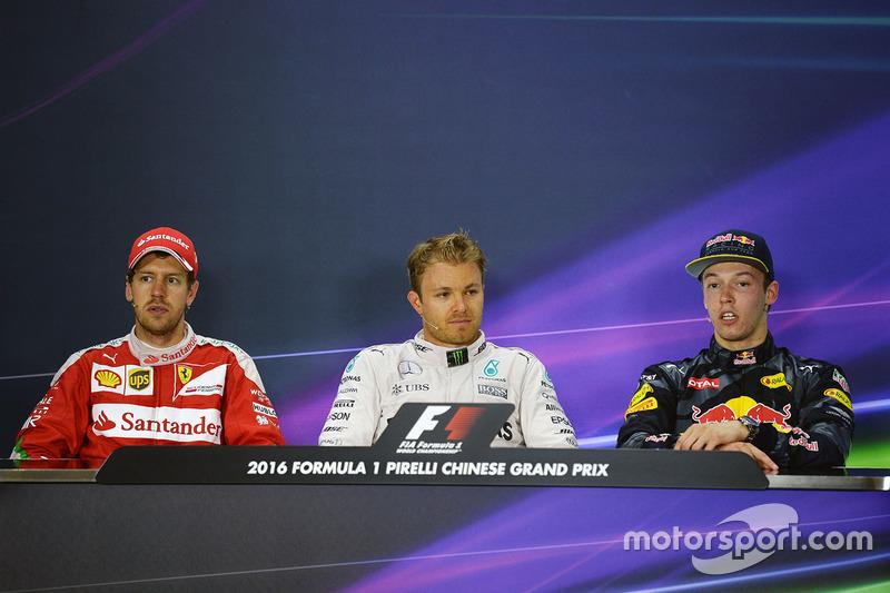 Pressekonferenz: 1. Nico Rosberg, Mercedes AMG F1 Team; 2. Sebastian Vettel, Ferrari; 3. Daniil Kvyat, Red Bull Racing